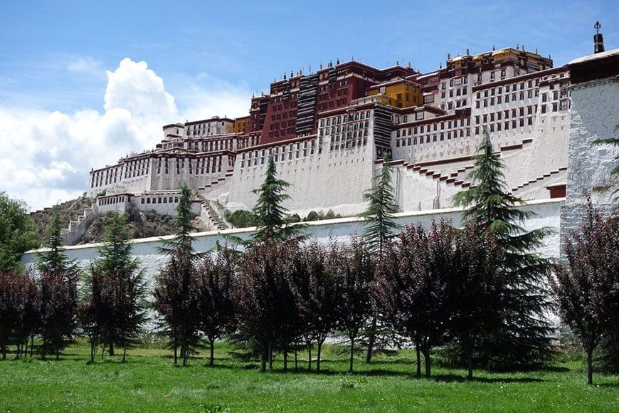 LIST OF BEST CITIES TO VISIT IN CHINA - Lhasa